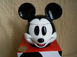 新品未使用 ミッキーマウス フタつきマグカップ ダイカット キャンディポットや小物入れにも Mickeymouse 陶器 ディズニー