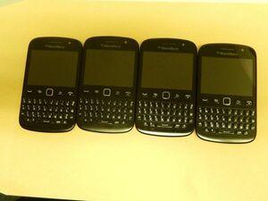 美品 4点セット Blackberry 9720 ブラック (海外版-香港)  SIMフリー 日本語OK! 充電確認済み 初期化済み 009-B