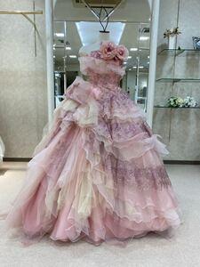 ウエディングドレス カラードレス ピンクのボリュームたっぷりシフォンウェディング