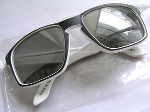 【支給品】`17 QUICK STEP サングラス ekoi アイウェア ライフスタイル サイクルロード カテゴリー3 銀色ミラーレンズ クイックステップ