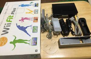 【送料無料】【動作確認済み】Wii本体+Wii Fit Plus+Wii Resort バランスWiiボード 任天堂 Nintendo