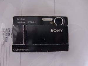 SONY ソニー デジカメ サイバーショット DSC-T10  ジャンク品 バッテリー/充電器/ケーブルセット Cyber-shot