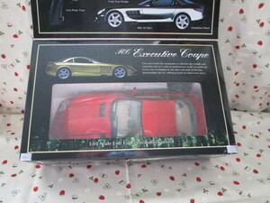 #「RCカー Executive Coupe 1/16スケール 」~メタリック レッド