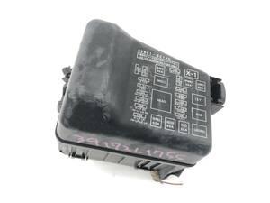 _b39732 ダイハツ ムーヴ ムーブ カスタムXリミテッド DBA-L175S ヒューズボックス エンジンルーム側 82661-B2140 L185S