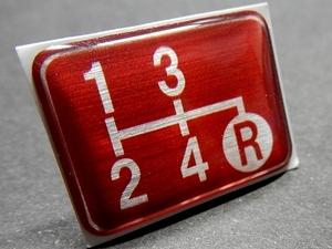 Tuningfan シフトパターン エンブレム レッド 4速MT車用 4MT 赤 SPE-R401 旧車 昭和 レトロ ヨタハチ フロンテ マイティボーイ パブリカ
