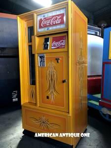 世界でひとつ 電源OK USAコカコーラ冷蔵庫 L.Aアーティスト【Tim Bartee】引き取りOK!!発送OK!! カスタム