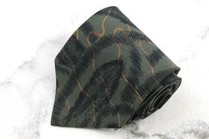 【良品/即決】 ブリオーニ Brioni 世界最高峰スーツブランド 総柄 シルク イタリア製 メンズ ネクタイ カーキ