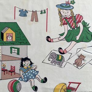 87×117 はぎれ 子供柄 アンティーク生地 インポート リメイク 雑貨 女の子 ハンドメイド 手作り 布 レトロ デッドストック ノスタルジック