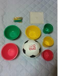 サッカーボール型アウトドア食器セット キャンピング食器セット コップ 皿 折り畳み式スプーン フォーク 収納可能 ふれ愛ワイド
