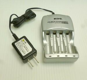 ★ KDS 電池用急速充電器 QC-520 単4単3電池用 ニッケル水素充電器ニッカド充電池用 アダプター付 JUNK 中古 ★: