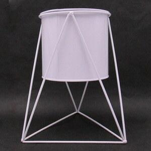 鉢カバー 北欧風 シンプル 鉄製 ワイヤースタンド付き (三角形×ホワイト)