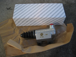 ! rare new goods unused Alpha Romeo original 145 155 clutch release genuine products number 71739541 930A5/930A534/930A534/167A2C/167A2A/167A2G!
