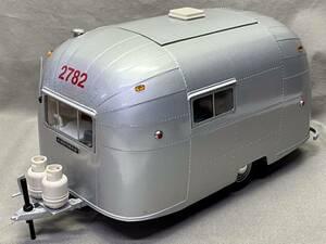 エアストリーム(Airstream)トレーラー キャンピングカー 1/18スケール