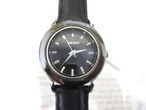 時計 DKNY ダナキャラン 新品 レディース レザー 未使用 稼働中 ♪