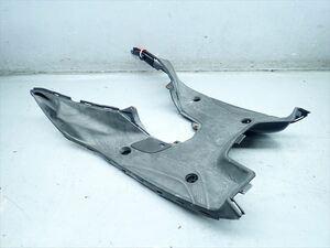 βBH15-1 ヤマハ マジェスティS 155S SG28J (H26年式) 純正 ステップカウル フロア 左右セット 割れ無し!