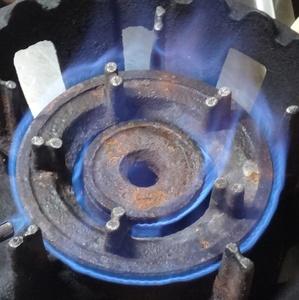 大注目:厨房機器 ★ 強火力 業務用一口ガスコンロ 都市ガスでテスト済み ★ 中古