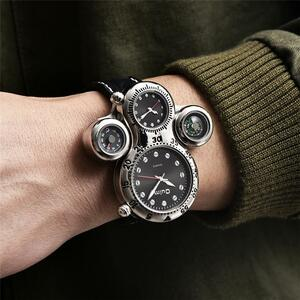 Oulm 新ユニークなデザイン 2 タイムゾーン男性腕時計装飾コンパス男性のスポーツ腕時計カジュアルクォーツメンズ腕時計