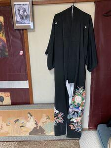 【888円スタート♪】(一切保証なし)ハギレ程度♪KIMONO TOMESODE FURISODE USED 留袖 着物リメイク 正絹 ジャンク条件下 #002