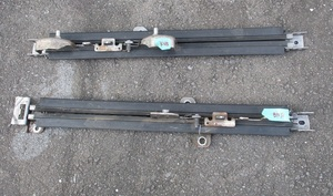 タントカスタムL385S左フロント純正フロントシート左右スライドレールL375S助手席シート左レール右 部品取り車あり 左側スライドレール