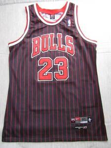 NBA JORDAN #23 マイケル・ジョーダンBULLS ユニフォーム ◇ シカゴ・ブルズ ジャージ タンクトップ チャンピオン 当時物 刺繍