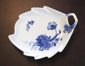 Royal Copenhagen/ロイヤルコペンハーゲン ブルーフラワーカーブ プレイン リーフディッシュ 食器 葉 プレート 皿 西洋陶器