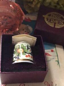 レア!イギリス製シンブル指貫22kメッキ◆ウィリアムモリス 果樹園 証明書、BOX付き