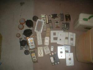 電気部品色々中古品(1)