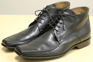 ルイ・ヴィトン ロゴ チャッカブーツ ビジネス ミドル シューズ レザー フォーマル ドレス LOUIS VUITTON メンズ 靴 LV 黒 7 (26.0)