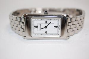 ティファニー TIFFANY&CO クラシック レクタンギュラー SS ホワイト文字盤 クォーツ 3か月保証付き レディス腕時計
