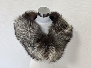 【送料無料】あ971 SAGA サガ フォックス 毛皮 リアルファー シルバーフォックス  ショール ストール 成人式 和装 洋装 ティペット