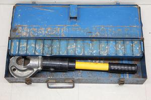 IZUMI 泉精器 EP-410 手動油圧式圧着工具 ダイス無し