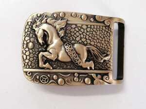 真鍮 ベルトバックル 銭馬