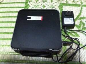 Buffalo AirStation 無線LANルーター WZR-900DHP 本体とアダプターと通信カードキー