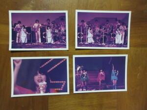 4枚 写真 キャンディーズ(伊藤 蘭 田中好子 藤村美樹)コンサート風景1