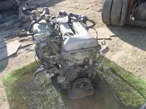 PC24 セレナ SR20DE エンジン 本体 321043JJ