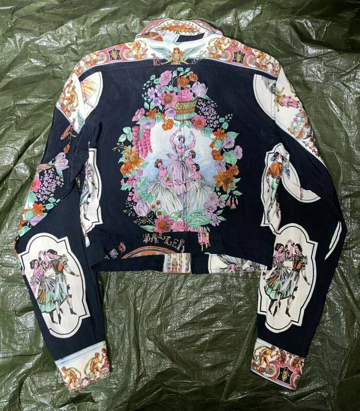 SS1992 90s GIANNI VERSACE BAROQUE BALLET PRINTED CROPPED JACKET ジャンニヴェルサーチ 総柄 バロック プリント ジャケット ビンテージ