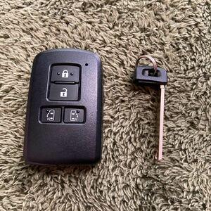 トヨタ エスクァイア ZRR80G キーレス スマートキー 鍵 両側パワスラ