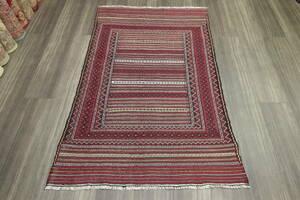 繊細なニードルワークモチーフのアフガニスタントライバルラグ オールド手織りキリム ヴィンテージ 97x145cm #569