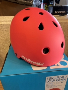 песок  коробка    sandbox  шлем    CLASSIC2.0 LEGEND LOW RIDER  сноуборд     катание на коньках   ...    CORAL