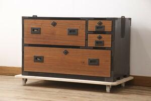 R-054595 和製アンティーク 引き出し桐材・その他スギ材 重ね時代箪笥・下段(アンティークチェスト、衣装箪笥、収納タンス)