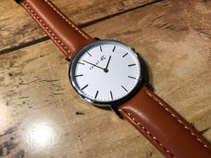 AK1221 新品同様 canal 4℃ カナルヨンドシー シルバー×ホワイト・白文字盤 202518 キャメル系革ベルト クオーツ レディース 腕時計