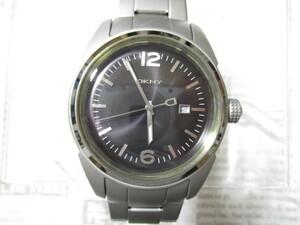 時計 DKNY ダナキャラン 新品 メンズ メタル 未使用 稼働中 ♪