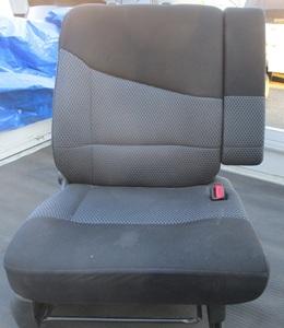 ムーブ カスタムL160SムーヴカスタムL150S前期フロント右シート運転席L152Sフロントシート純正T16アームレスト部品取り車あります