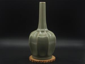 ★中国古董古玩★ 宋時代 越窯 珍品 青磁 浄水瓶