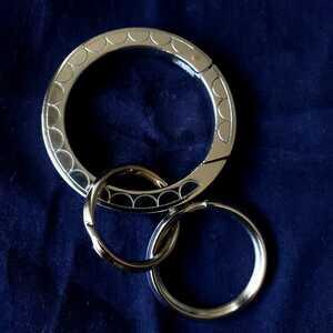 KAWS OriginalFake x G1950 Seal Key Ring カウズ オリジナルフェイク 歯型 キーリング キーチェーン キーホルダー カラビナ