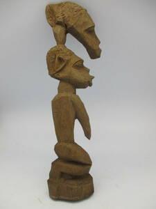 送料込 アフリカ ケニヤ 古い民芸木彫 1970年代 身を寄せる男女モチーフ