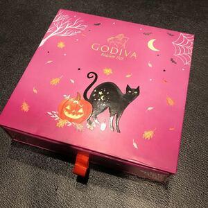 GODLVAの箱★ゴデバ★チョコレート★日光で、光る★ピンクの箱★猫★ねこ★かぼちゃ★飛び出す絵★小物入れに★