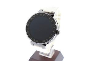ルイヴィトン LOUIS VUITTON タンブール ホライゾン スマートウォッチ デジタル 腕時計 ラバー モノグラム ベルト QA002Z 黒 白 ▲■