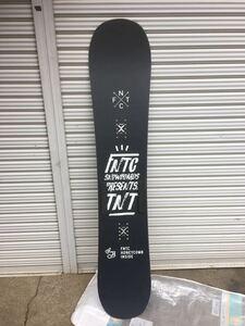 美品!グラトリ!18/19モデル FNTC TNT 147cm ダブルキャンバー形状 スノーボード