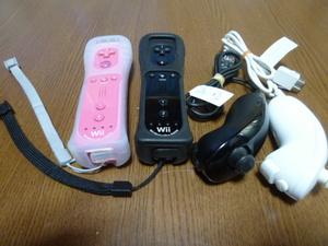 RSJN71【即日配送 送料無料 動作確認済】Wii リモコン ジャケット ストラップ ヌンチャク 2個セット ピンク ブラック 黒 カバー